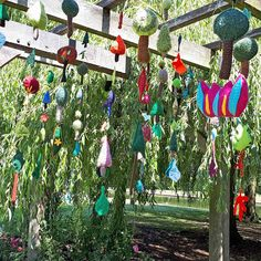 The Tree Leaves Yarnstorm in Rowntree Park, York - Summer 2019 - designed and made by Hippystitch & Deborah New with the help of the local community Leaf Projects, Extreme Knitting, Art In The Park, Conifer Trees, Finger Knitting, Tree Leaves, Trees To Plant, The Locals, Wind Chimes