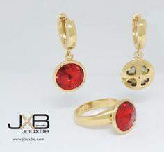 Set de aretes y anillo con piedra roja, en oro laminado de 14k, doble vista. Joyería Mexicana. www.jouxbe.com