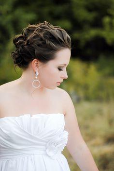 soft wedding updo and makeup #weddingupdo #bridallooks #wtoo http://www.weddingchicks.com/2013/11/06/heirloom-wedding-inspiration/