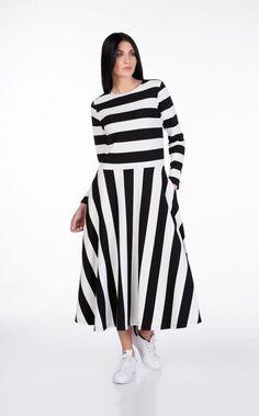 STRIPED DRESS | Eleganza Concept