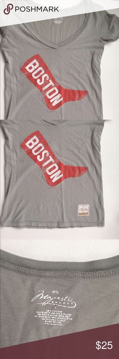 Boston Red Sox Shirt Gently used. No rips stains or holes. Size small. Brand Majestic Select. ⭐️Make an offer using the offer button or take advantage of my bundle discount! 🚫Trades Majestic Tops Tees - Short Sleeve