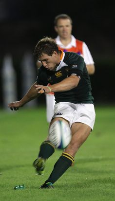 Johan Goosen of South Africa kicks a penalty during the IRB Junior World Championship match between Ireland and South Africa at the Stadio Communale di Monigo on June 14, 2011 in Treviso, Italy.
