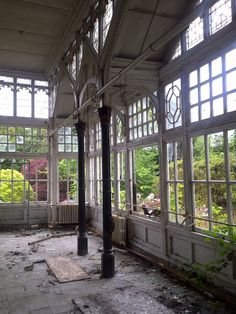 Hafodunos Hall in Llangernyw, North Wales - the conservatory.  ~ how I'd love to have this room on my home!