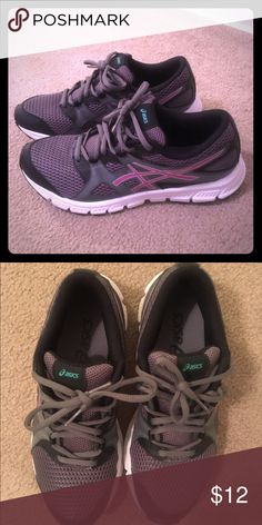 Asics gel unifire TR 2 womens shoe Size 8, good condition! Gently used but like new! Asics Shoes Athletic Shoes