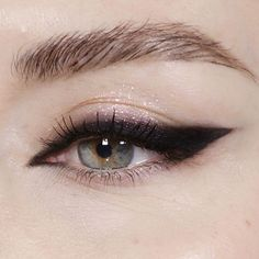 """1,689 Likes, 34 Comments - Katie Jane Hughes (@katiejanehughes) on Instagram: """"Issa Wing """""""