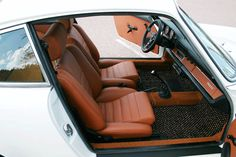 our 'Sport S' seats in leather installed in a Porsche 911. Remake of the Recaro Ideal.Classic Car Seats by GTS classics.