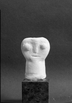 Head, ca. 2400 BCE, Early Cycladic, marble | Harvard Art Museums
