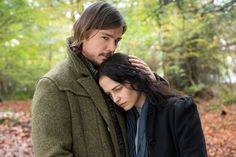 first looks - Josh Hartnett as Ethan Chandler and Eva Green as Vanessa Ives in Penny Dreadful season 2! (click the image for extremely high-res photo.)