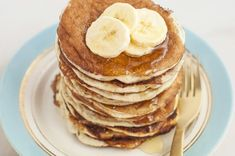 Add protein to your breakfast with these filling and seasonal pancakes! Cinnamon protein pancakes are a tasty recipe everyone will enjoy! Diabetic Menu, Diabetic Snacks, Healthy Snacks For Diabetics, Pre Diabetic, Ww Recipes, Clean Recipes, Healthy Dinner Recipes, Breakfast Recipes, Healthy Meals