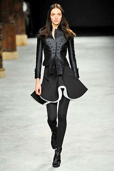 Everything little and black - Givenchy 2008