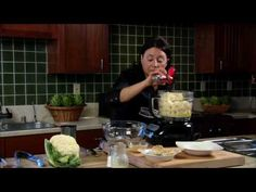 How to Make Roasted Garlic Cauliflower Mash