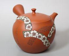 Tokoname handcrafted teapot