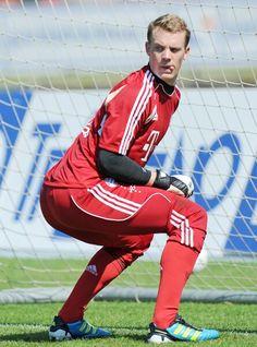 Manuel Neuer ~~~  funny him