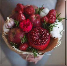 Bride Flowers, Flower Bouquet Wedding, Fruit Flowers, Flower Pots, Vegetable Bouquet, Food Bouquet, Edible Bouquets, Edible Arrangements, Fruits Basket