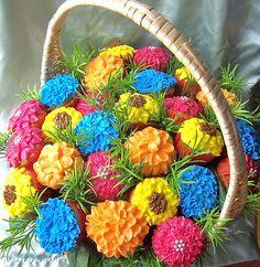 Gorgeous Flower Cupcake Basket
