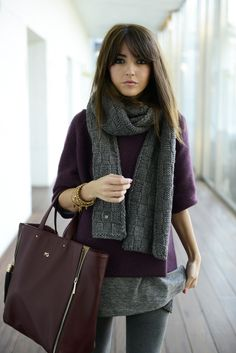 Wine red and grey. By Lovely Pepa Warm Brown Hair, Winter Outfits, Casual Outfits, Look Fashion, Womens Fashion, Mein Style, Business Outfits, Look Chic, Fall Looks