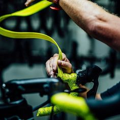 source instagram teamsky  It's great to be leading the Tour. Even better when your bar tape game is on point@pro_bikegear ( @cyclingimages)  teamsky  2017/07/19 04:01:45
