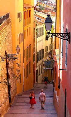 Beautiful colors of Nice Old Town, France | by lu.ciole