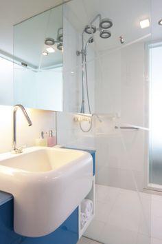 Clear Reflections - Modern Bathrooms - Photos