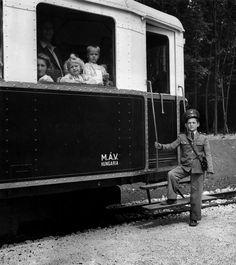 by David Seymour - Budapest 1948 - Magnum Photos