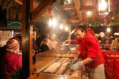 Chriskindlesmarkt: a guide to Christmas market shopping in Nuremberg