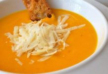 Pumpkin Cream with Parmesan with Thermomix - Dish and Recipe - Pumpkin cream with Parmesan with Thermomix, recipe for a tasty creamy seasonal velvety, well flavor - Chicken Parmesan Soup Recipe, Low Carb Chicken Parmesan, Crockpot Chicken Healthy, Chicken Skillet Recipes, Crockpot Recipes, Cream Soup Recipes, Easy Healthy Recipes, Vegetable Recipes, Pumpkin