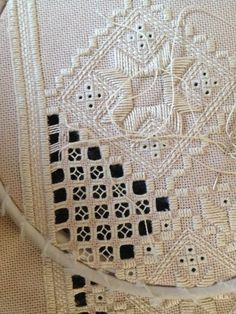 Detail of the filling stitches