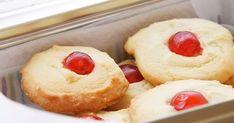 Orange juice cookies // Biscuits au jus d'orange Biscuit Cookies, Yummy Cookies, Shortbread Cookies, Cookie Recipes, Dessert Recipes, Orange Cookies, Kinds Of Desserts, Jus D'orange, Quick Easy Meals