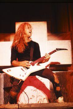 Metallica's James Hetfield live in 1986