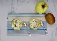 Verrines de kiwi et de pommes Measuring Spoons, Apples, Measuring Cups