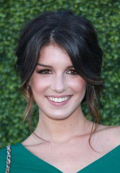 Google Image Result for http://cdn.blogs.sheknows.com/celebsalon.sheknows.com//2010/07/shenae-grimes-hairstyle.jpg