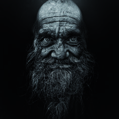 Lee Jeffries. Pour plus d'informations : http://www.yellowkorner.com/photos/toutes-les-photographies.aspx
