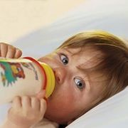 How to Introduce Whole Milk to Infants | eHow