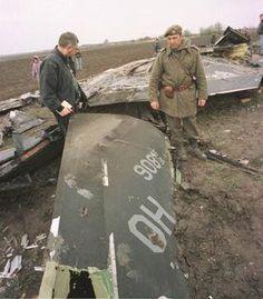 Serbs shoot down an F117 Stealth Fighter.