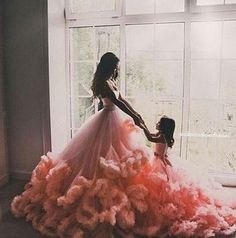 Ideas For Wedding Photography Mother Daughter Style Mother Daughter Photos, Mother Daughter Fashion, Mother Daughter Photography, Future Daughter, Daughter Love, Mother Daughters, Mommy And Me Outfits, Mom And Baby, Belle Photo