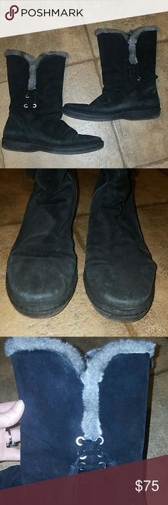 Stuart Weitzman sz 8.5 blk suede fur boots Women's sz 8.5 Stuart Weitzman black suede boots. Faux fur lining. These show some normal wear but still have a lot of life left. Wear reflected in the low price:) Stuart Weitzman Shoes