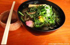 Vegematarian: Sansaisoba (soba noodle soup with mountain vegetables).