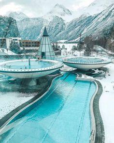 Der größte Vorteil, wenn die Temperaturen fallen: Es ist endlich wieder Thermenzeit! Hier sind die Highlights der österreichischen Thermenlandschaft.