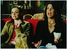 Ah, Gilmore girls . if people watched this show, they would understand me better. Rory Gilmore, Gilmore Girls Quotes, Amy Sherman Palladino, Lauren Graham, Milo Ventimiglia, Alexis Bledel, Melissa Mccarthy, Moving Pictures, Music Tv