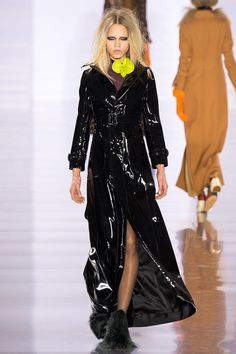 Maison Margiela Fall 2015 RTW Runway – Vogue