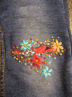 Mending li'l jeans… with embroidery. Gumbo Lily Mending li'l jeans… with embroidery. Embroidery Stitches, Hand Embroidery, Embroidery Designs, Embroidery On Jeans, Sewing Hacks, Sewing Crafts, How To Patch Jeans, Visible Mending, Make Do And Mend