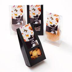 ハロウィン お菓子 パッケージ Cookie Packaging, Food Packaging Design, Organic Recipes, Halloween, Smoothies, Label, Wraps, Milk, Packing