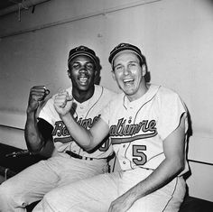 Frank Robinson, Brooks Robinson Baltimore Orioles Autographed 16 x 20 Photograph with Multiple HOF Inscriptions Mlb Players, Baseball Players, Independent Day, Baseball Photos, Baseball Stuff, Baseball Wall, Pro Baseball, Baseball Uniforms, Baseball Cards