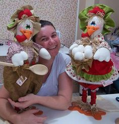 Diy Doll Diy Furniture Projects Sewing Projects Sewing Crafts Country Chicken Rooster Kitchen Chicken Crafts Diy Crafts For Gifts Fabric Birds Sewing Crafts, Sewing Projects, Projects To Try, Diy Crafts For Gifts, Felt Crafts, Chicken Pattern, Country Chicken, Chicken Crafts, Fabric Birds
