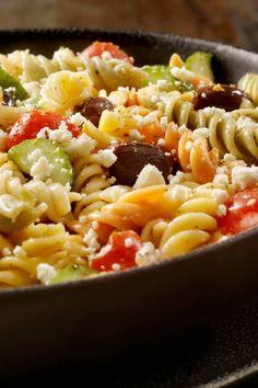 Köstlicher Nudelsalat mit Feta Pittsburgh Food, Pittsburgh Restaurants, Feta Salat, Farmers Market, Pasta Salad, Salads, Food And Drink, Ethnic Recipes, Dressings