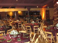 Corporate holiday party at Bayside Pavilion in Alameda, CA. Red crinkle linens and green crinkle napkins.