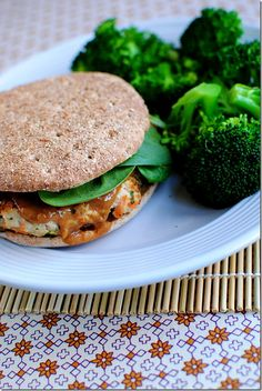 Thai Turkey Burger with Peanut Sauce:  Yes, please!  Iowa Girl Eats--love this blog, and it has lots of yummy recipes like this one (amongst workout tips, etc.).  Good reads. :)