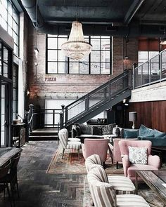 """Mi piace"": 795, commenti: 1 - GWD (@gentlemen_wear_daily) su Instagram: ""Loft be like #GWD #GWDBeLikes #inspiration #interiordesign #design #home #loft #interiors…"""
