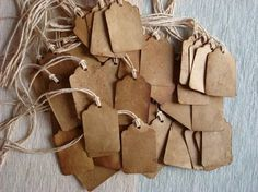 Stain your own gift tags with tea or coffee for that vintage appeal. Red tea will give your tags a pink hue. #tags #giftwrap