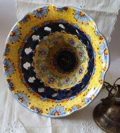 Lampadario in ceramica,foggiato al tornio,traforato e dipinto a mano.Decoro Floris, by ilciliegio, 90,00 € su misshobby.com